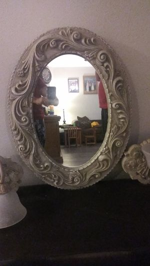 Mirror and lamp set for Sale in West Covina, CA