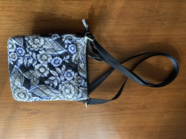 Vera Bradley Small Crossbody bag