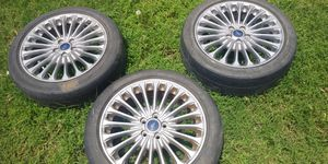 3 Ford rims and tires for Sale in Grand Prairie, TX