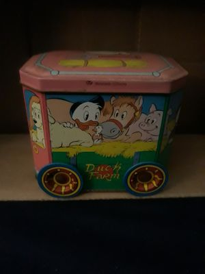 Collectible Disney country wagon tin container for Sale in La Puente, CA