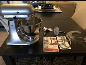 KitchenAid Artisan Stand Mixer KSM150 - Chrome color. Sold out everywhere. Brand New Condition. Tags still attached. Retails for $380 for Sale in San Diego, CA