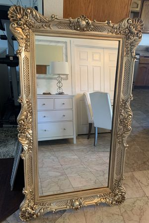 Vintage mirror for Sale in Fontana, CA
