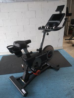 NordicTrack Grand Tour Pro Exercise Bike for Sale in Bell, CA