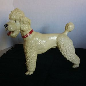 VINTAGE 1955/1968 BRYER POODLE DOG MOLD # 68, GLOSSY WHITE, BLACK EYES, RED COLLAR, RED TONGUE for Sale in Calexico, CA