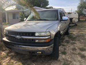 1999 Chevy Silverado 1500 Z71 PART OUT for Sale in New Port Richey, FL