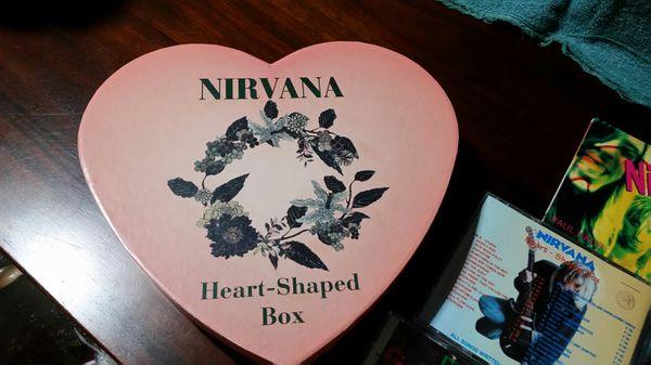 Nirvana heart shaped box set