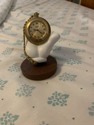 A Collectible Mickey Mouse Hans Clock Statue for a steal !! for Sale in Zephyrhills, FL