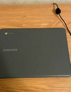 Samsung Chromebook for Sale in Dubuque,  IA