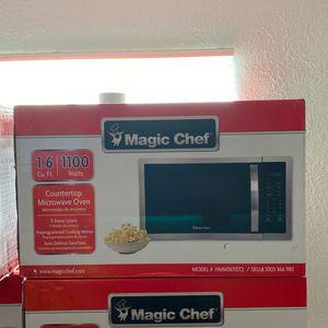 Magic Chef 1100 Watt Microwave for Sale in Kissimmee, FL