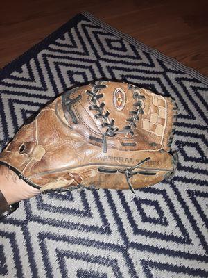 2x baseball gloves for Sale in Virginia Beach, VA