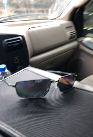 Oakley Splinters 11-437 polarized sunglasses for Sale in Manassas, VA