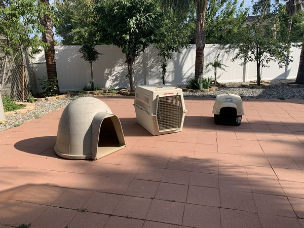 Dog crates/home