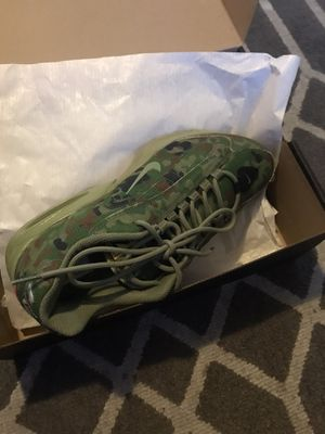 Air max triax Camo for Sale in Bell Gardens, CA