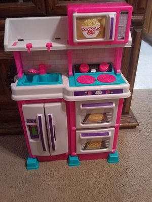 Small kitchen set for Sale in Strongsville, OH