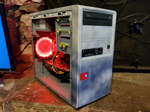 Budget gaming pc set up for Sale in Fresno, CA