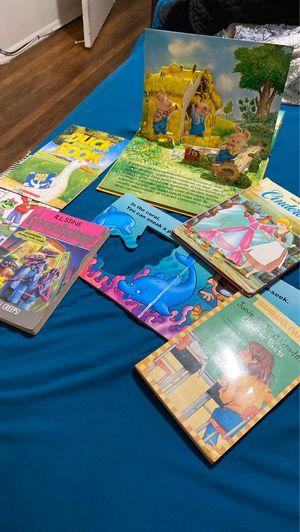 7 books $7 for Sale in Rancho Dominguez, CA