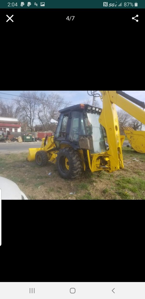 Case 580k backhoe with extend a hoe heated 4x4 like new