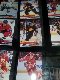 1993-94 Fleer Ultra Hockey Cards for Sale in Chicago,  IL