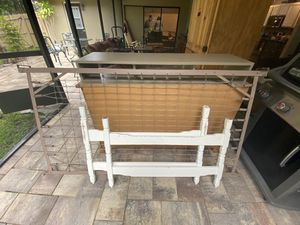 FREE Twin Bed Frame for Sale in Palm Harbor, FL
