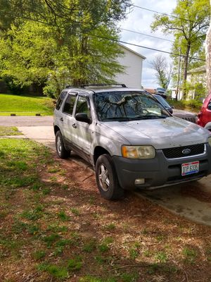 2002 Ford escape {contact info removed} for Sale in Zanesville, OH