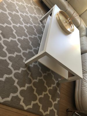 Target White Coffee table for Sale in Boston, MA