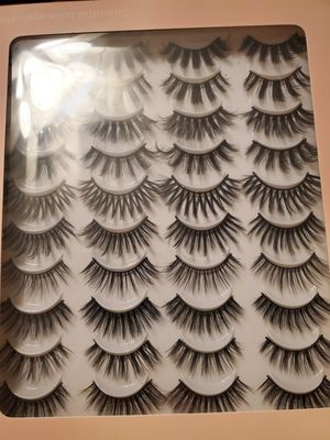 20 pairs of lashes for Sale in Midland, TX