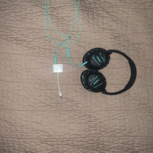 Bose Soundtrue Headphones (With iPhone Lighting Adapter) for Sale in Broomfield, CO