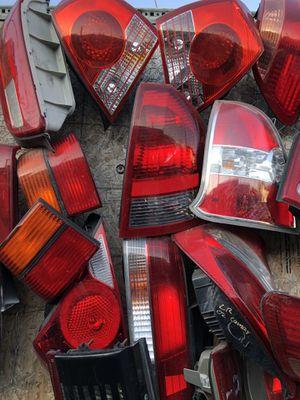 Luces para todo tipo de carros/Headlights/lights/Auto body parts for Sale in Los Angeles, CA