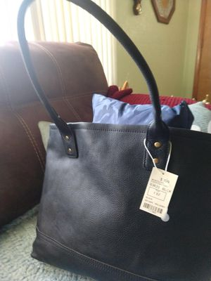 Overland leather hand bag brand new with tags for Sale in Fairfield, IA