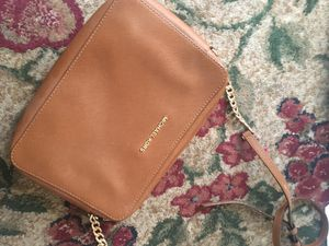 Michael Kors purse for Sale in West Richland, WA