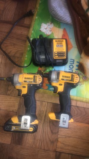 Two drill with one battery in charger for Sale in Takoma Park, MD