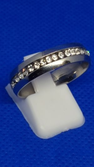 Stainless steel wedding rings for men or women. Never tarnish for Sale in St. Louis, MO