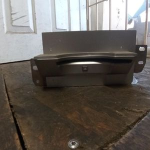 Nissan Quest Cd And Dvd Player for Sale in Phoenix, AZ