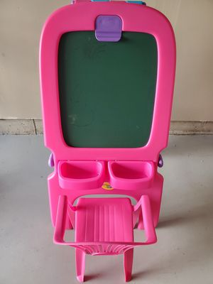 Crayola 3-in-1 Magnetic/Dry Erase & Chalkboard for Sale in Germantown, MD
