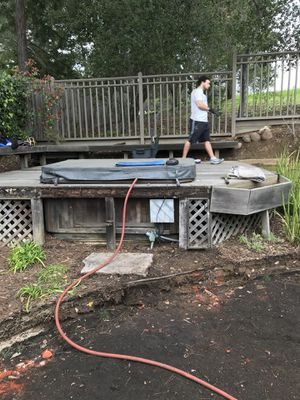 Hot tub, good shape needs a little work, was being used until a couple years ago. It's a 1992 model for Sale in West Menlo Park, CA