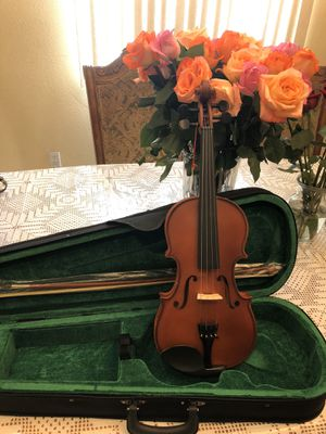 Violin with case bow and rosin for Sale in South Gate, CA