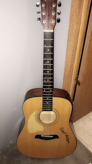 Guitar for Sale in Randleman, NC
