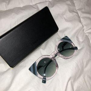 Fendi Cateye Sunglasses for Sale in Boston, MA