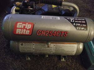 "Grip right air compressor"""" NOTHING WRONG WITH IT AT ALL"""" for Sale in Sandy, UT"