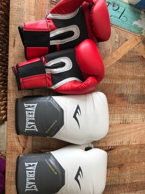 Boxing training gloves for Sale in Columbus, OH