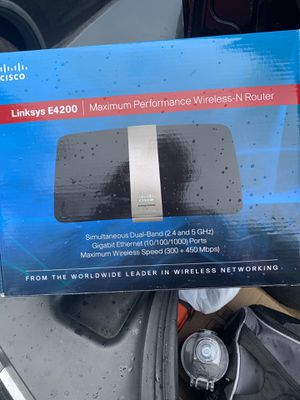 Linksys E4200 N-Router for Sale in Columbus, OH