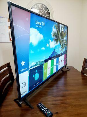 """Lg 43"""" Smart Tv UHD HDR 4k!! UK6300 model for Sale in Mesa, AZ"""