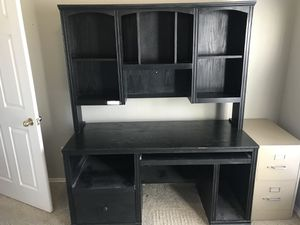 Desk with hutch and book case for Sale in Benbrook, TX