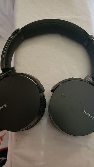 Sony wireless headphones for Sale in Osprey, FL