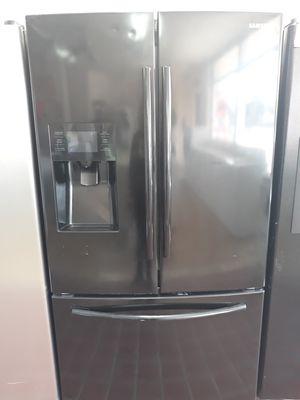 Refrigerador $$$ 450 con 90 días de warranty en 1121 basse rd San Antonio tx 78212 Open 9 am a 9 pm De lunes a domingo for Sale in San Antonio, TX