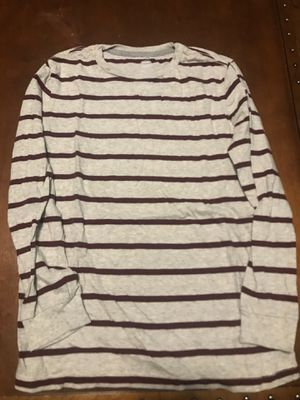 Boy's Old Navy long sleeved tee for Sale in Tinley Park, IL