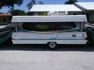 Coleman pop up camper for Sale in Boca Raton, FL
