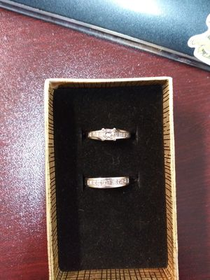 Princess Cut White Gold Diamond Wedding Ring Set Size 6 for Sale in Largo, FL