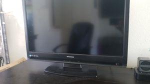 32 inch TV for Sale in Pomona, CA