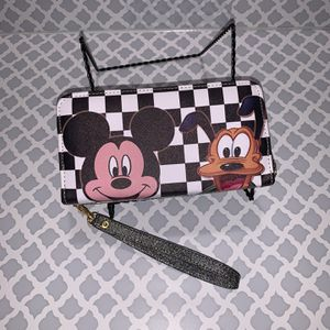 Mickey And Pluto Wallet for Sale in Colton, CA